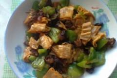 青椒腐竹肉