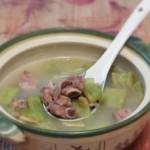 苦瓜排骨汤