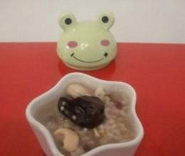 红枣莲子粥