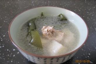 海带山药猪骨汤