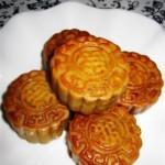 栗蓉蛋黃月餅