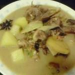 小鸡炖蘑菇土豆