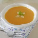 奶香南瓜杏仁浓汤