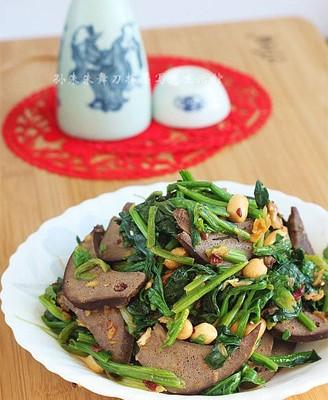 酱猪肝拌菠菜