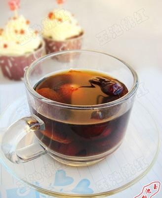 红枣姜片茶