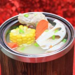 龙骨莲藕玉米汤