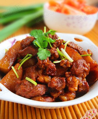 红烧羊肉萝卜