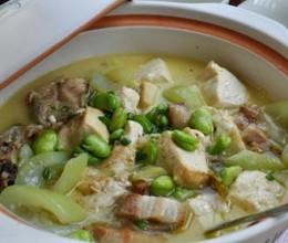 蚕豆米煮江鲶