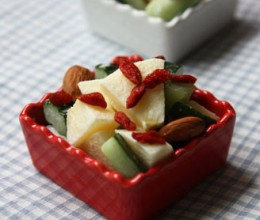 苹果青瓜沙拉