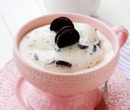 香草奥利奥软冰淇淋