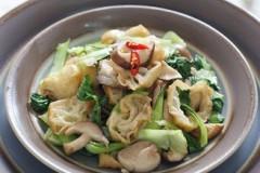 青菜炒油条