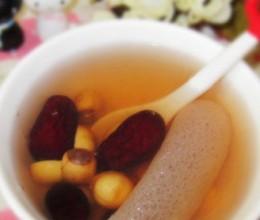 竹笙红枣糖水