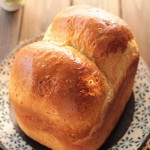 亚麻籽麦片面包