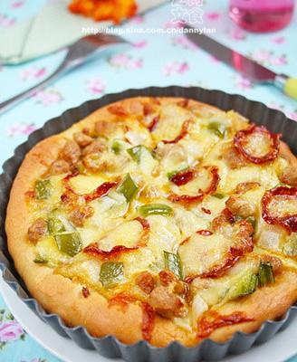 萨拉米肠牛肉披萨
