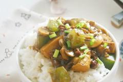 口蘑豆腐饭