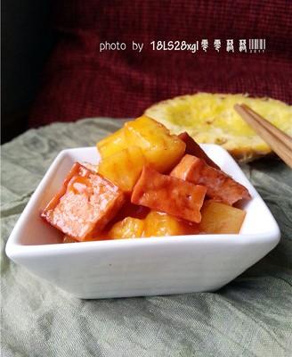菠萝咕咾豆腐