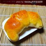 橙皮牛角包