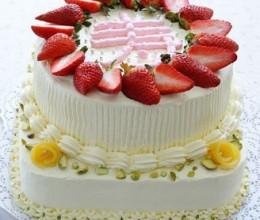 双层奶油草莓蛋糕