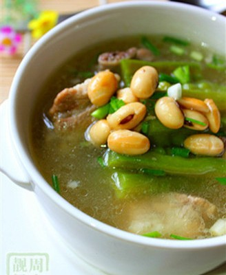 苦瓜黄豆排骨汤
