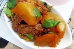 鸡尖焖萝卜