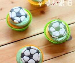 足球杯子蛋糕
