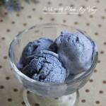 蓝莓冰淇淋