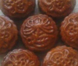 豆沙椰蓉月饼