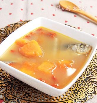 木瓜枸杞鲫鱼汤