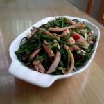 韭苔炒魷魚