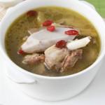 笋干老鸭芋艿汤