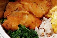 炸猪排红米饭