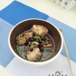 黑豆筒骨汤