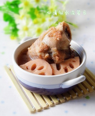 莲藕棒骨汤