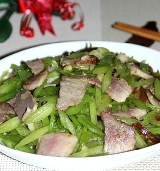 香芹炒腊肉