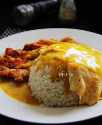 咖喱猪排蛋包饭