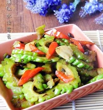尖椒豆豉炒苦瓜