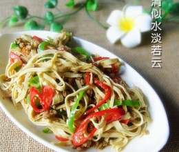 青椒肉末炒干丝