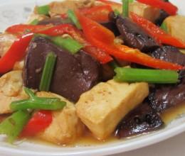 豆腐煮猪血