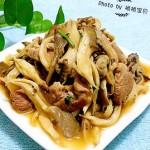 平菇炒鲜肉