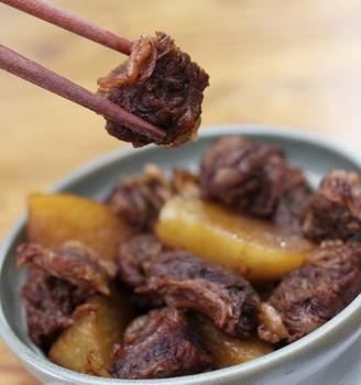 牛肉焖萝卜