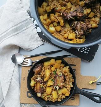 排骨土豆燜飯