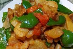 青椒西红柿土豆