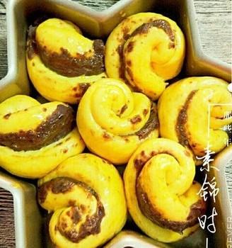 红薯豆沙玫瑰花面包