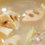 花生莲藕炖猪骨汤,润肺养胃又降火--威厨