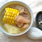 玉米山藥豬蹄湯
