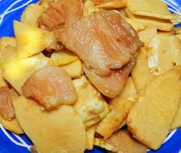 冬笋烧猪肉片