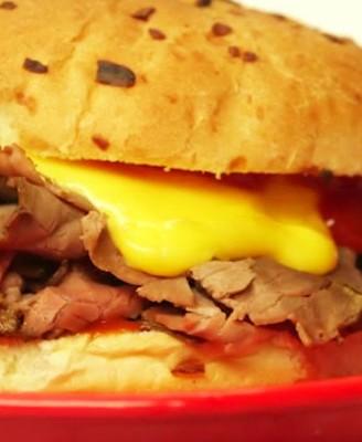家常DIY做法——芝士牛肉汉堡