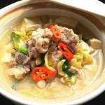 酸菜炖豆腐排骨