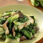 平菇炒小白菜