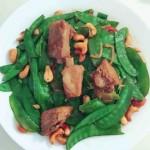 荷兰豆炒腰果小排